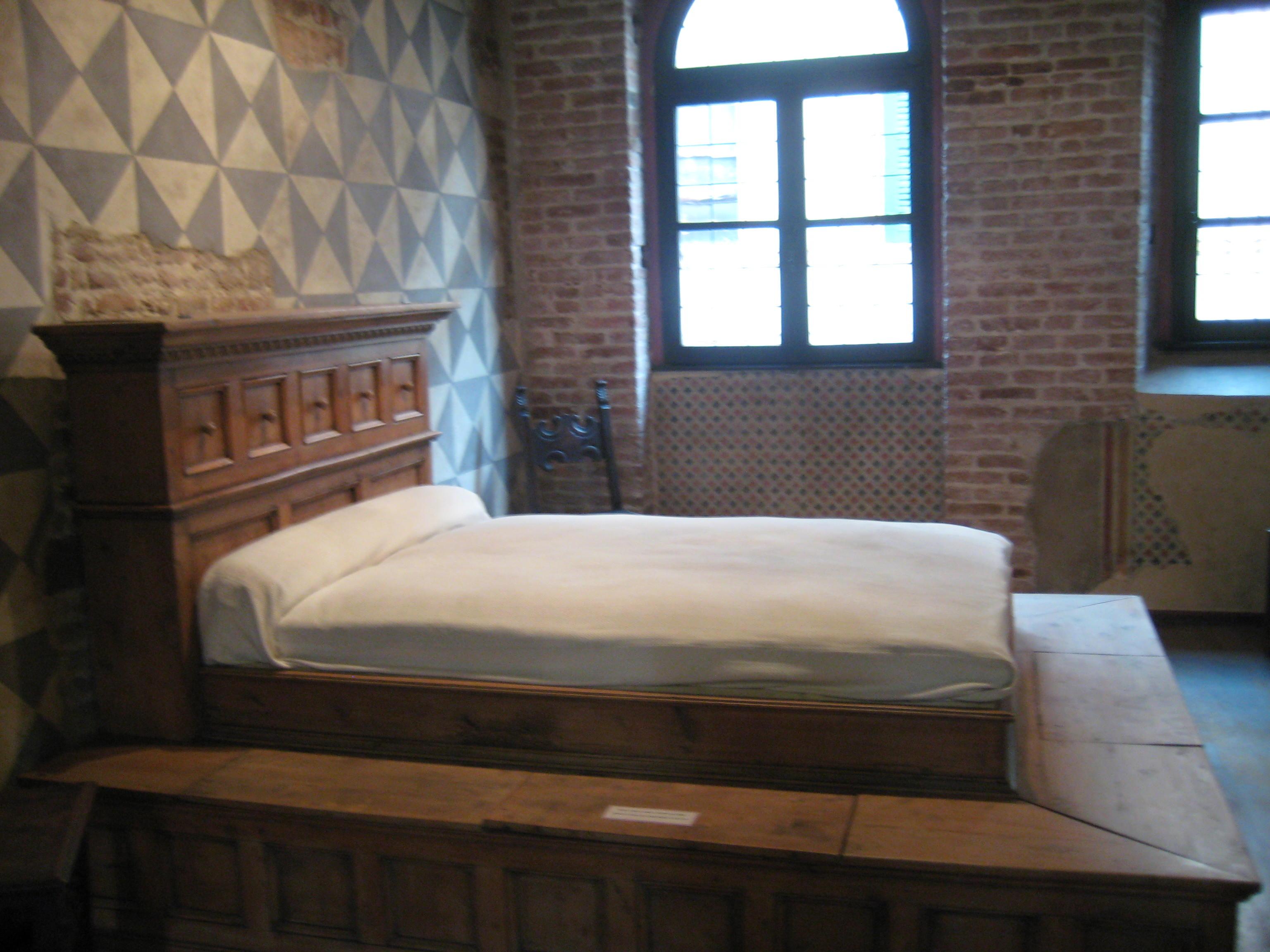 Juliet 1968 Bed | www.imgkid.com - The Image Kid Has It!